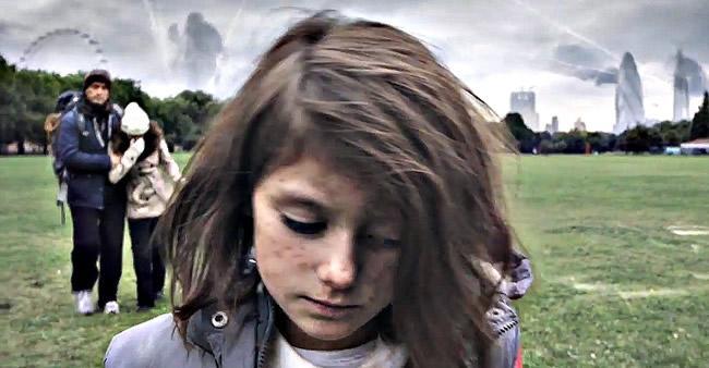 Assista uma poderosa reviravolta acontecer enquanto essa garota ...