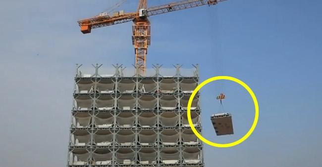 Primeiro parece que é uma construção normal... mas são 30 ...