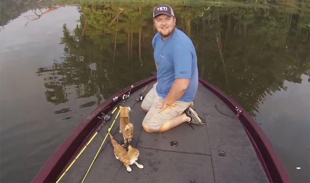 Quando saíram para pescar, eles não imaginavam que iriam ...
