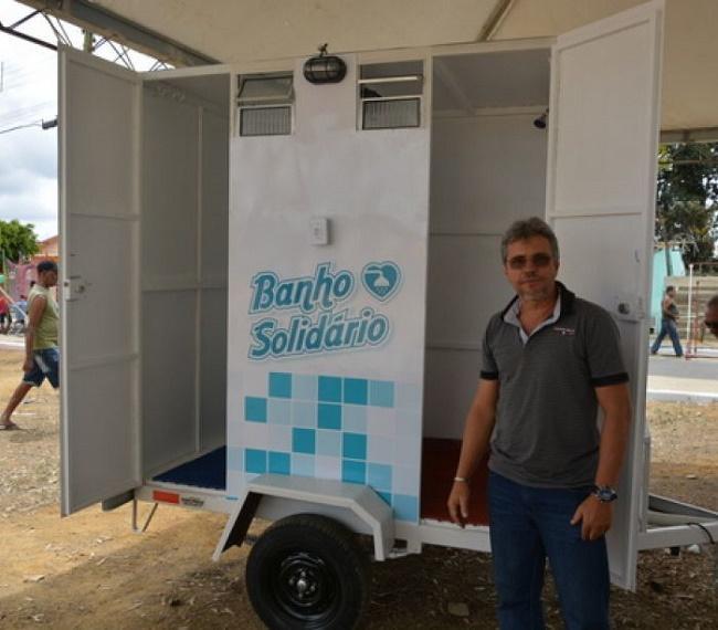 Empresário cria banheiro itinerante para que moradores de rua ...