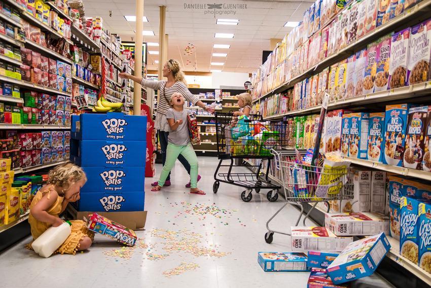 Série de fotos mostra o doce caos que é ter filhos (a #6 é a melhor!)