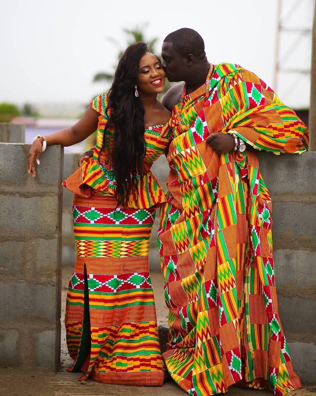Trajes tradicionais de casamento em Gana