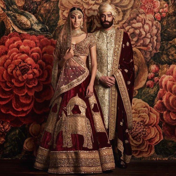 Trajes tradicionais de casamento na Índia