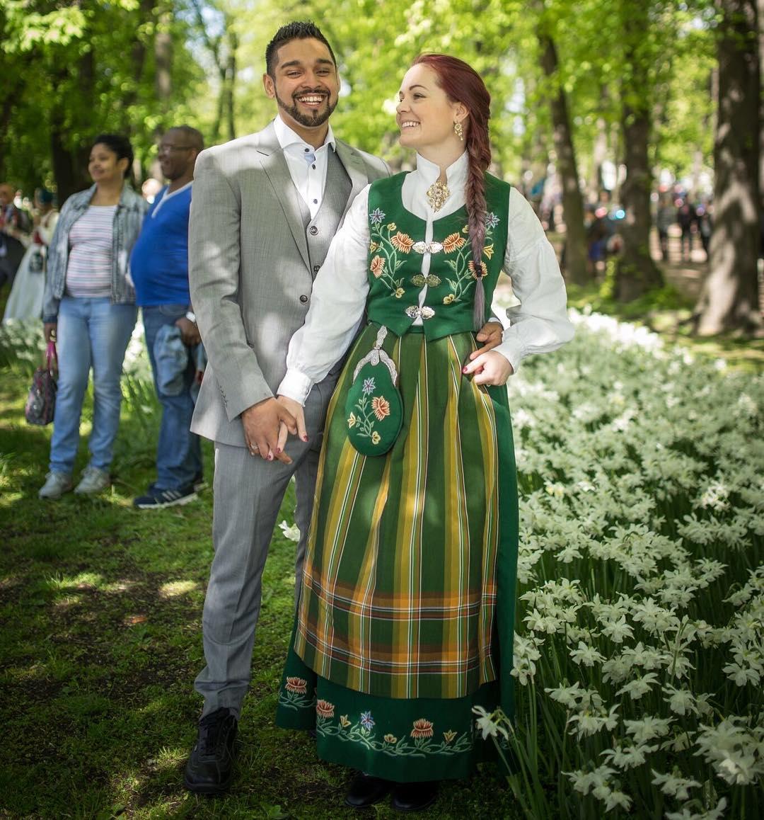 Trajes tradicionais de casamento na Noruega
