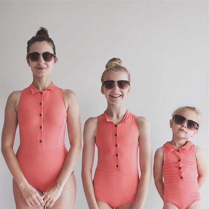 Mãe e filhas em fotos divertidas (5)