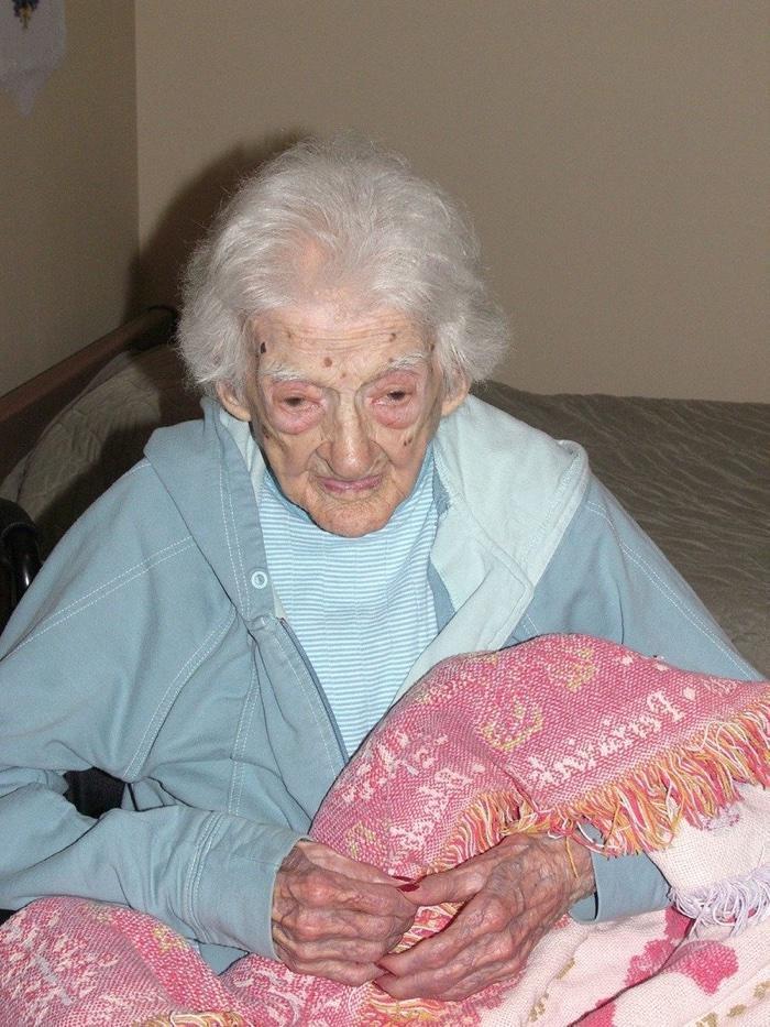idoso com mais de 100 anos (14)
