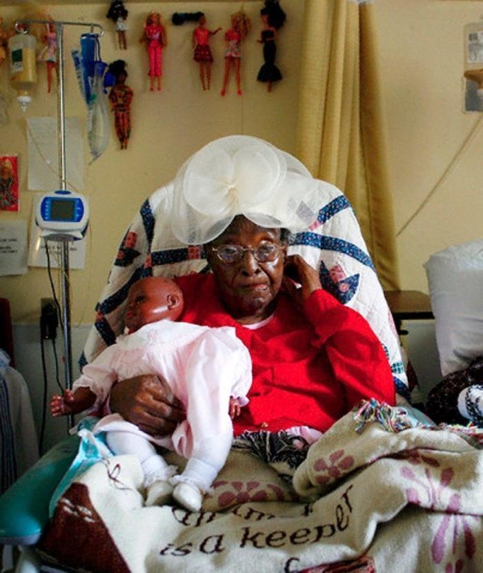 idoso com mais de 100 anos (13)