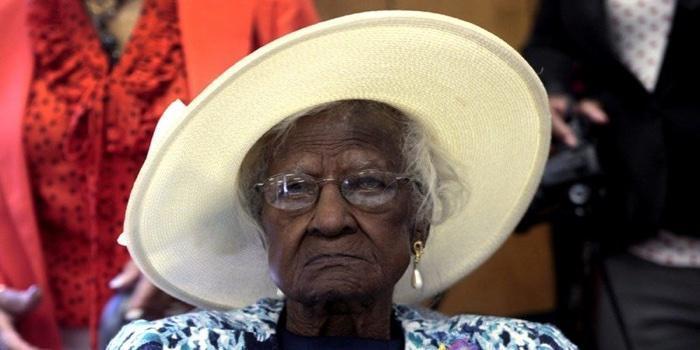idoso com mais de 100 anos (11)