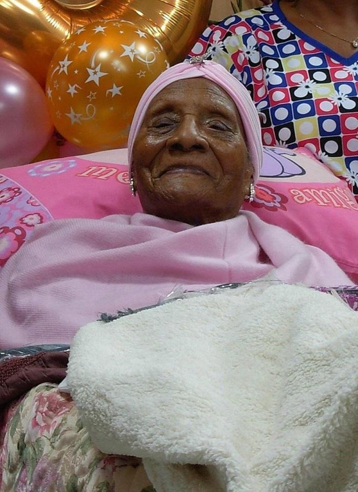 idoso com mais de 100 anos (10)
