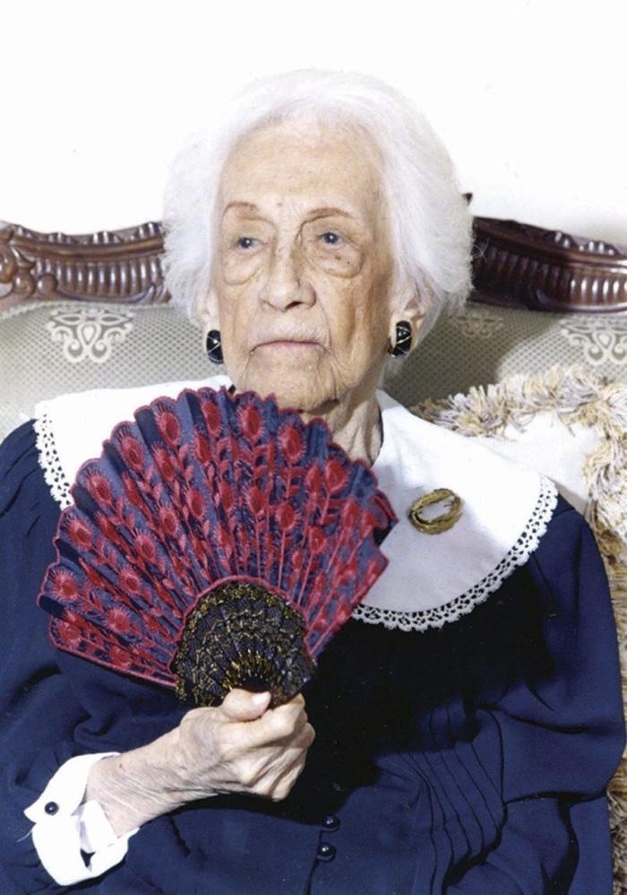 idoso com mais de 100 anos (6)