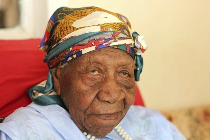 idoso com mais de 100 anos (1)