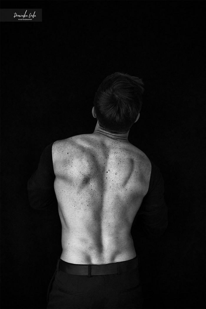 Calendário de caridade com atletas nus (14)