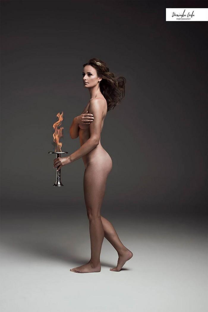Calendário de caridade com atletas nus (12)