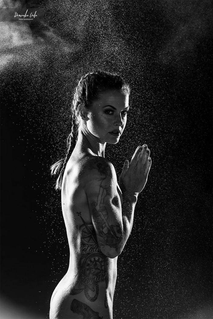 Calendário de caridade com atletas nus (1)