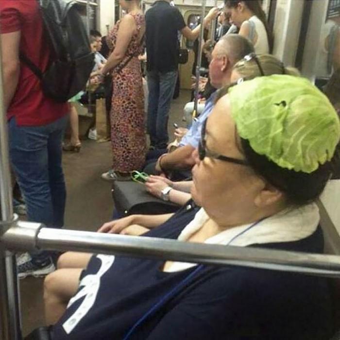momentos engraçados no metrô (11)