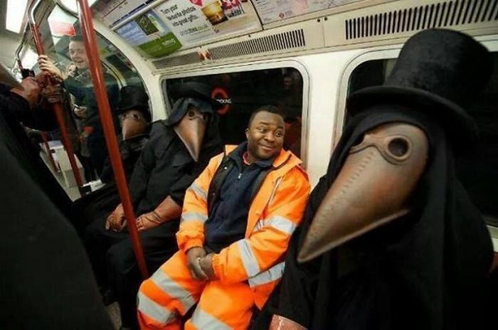 momentos engraçados no metrô (27)