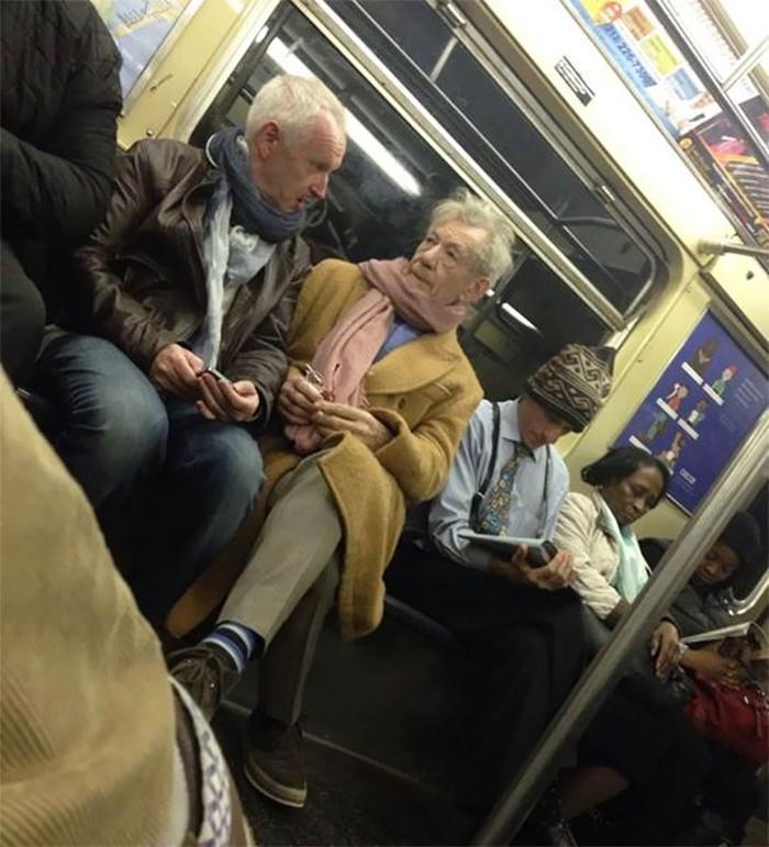 momentos engraçados no metrô (6)