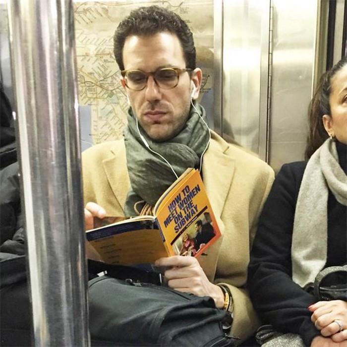 momentos engraçados no metrô (4)