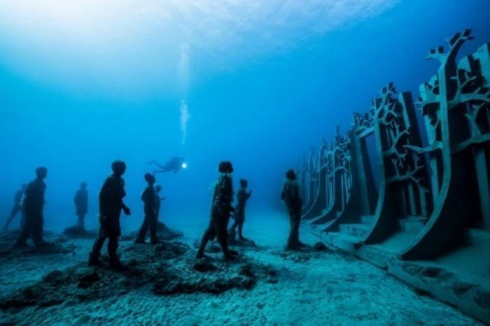 esculturas sob a água (5)