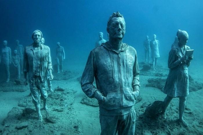 esculturas sob a água (4)