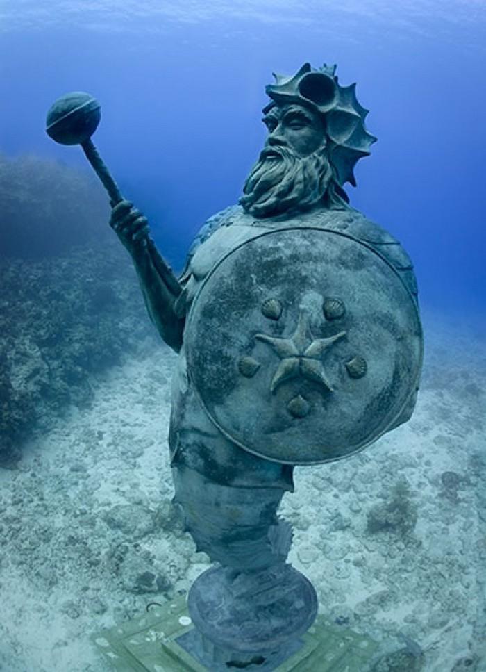 esculturas sob a água (3)