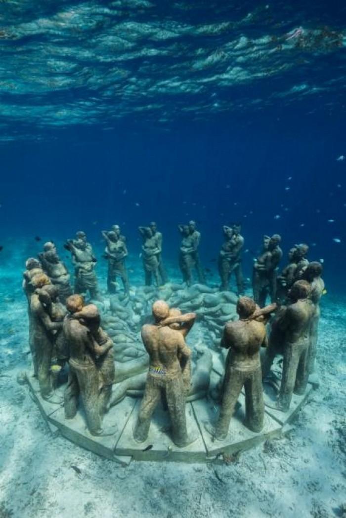 esculturas sob a água (9)