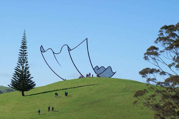 Esculturas estilo desenho (1)