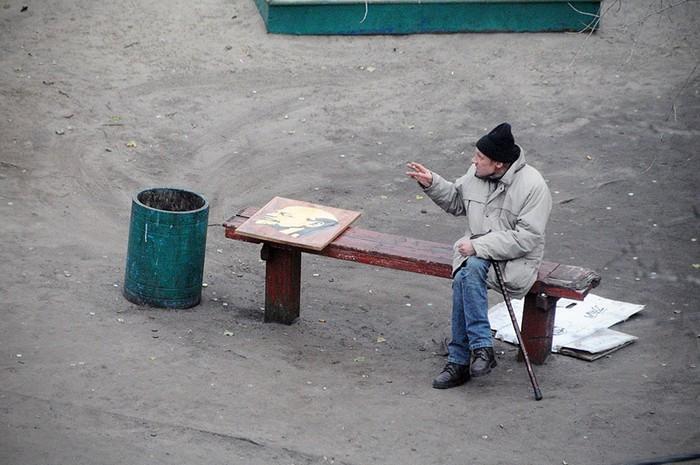 fotógrafo registra o mesmo banco de parque há dez anos (12)