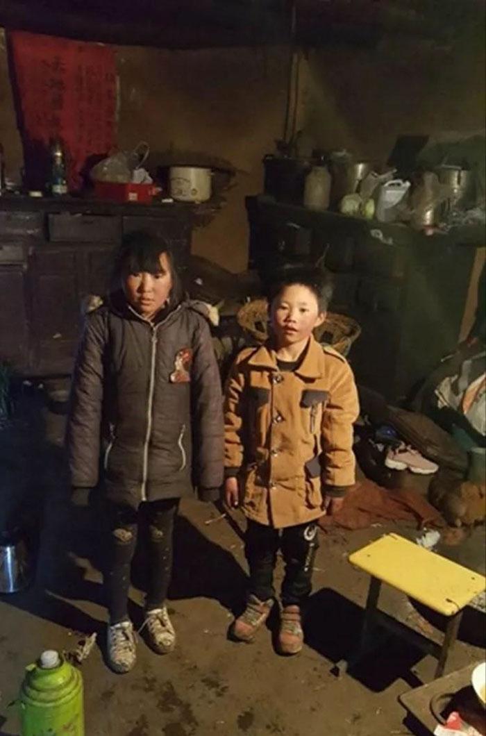 Garoto congela a caminho da escola (10)