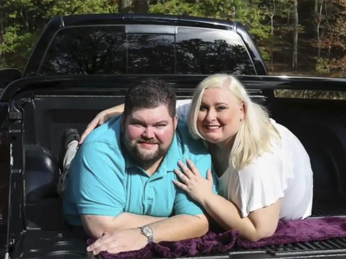 noiva acusa fotógrafa de fat shaming por editar sua foto com o noivo (1)