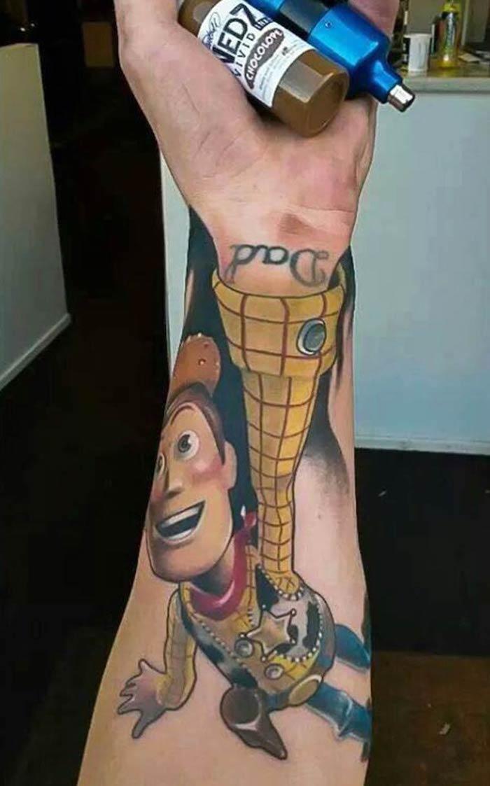 Tatuagens com personagens conhecido (1)