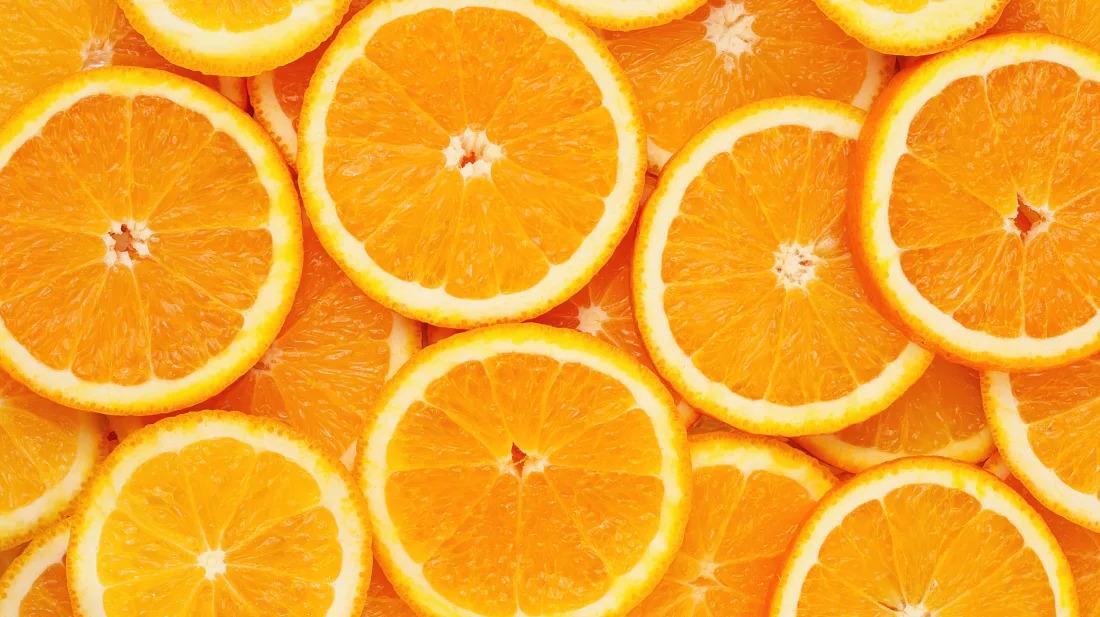 Qual veio primeiro cor ou fruta?