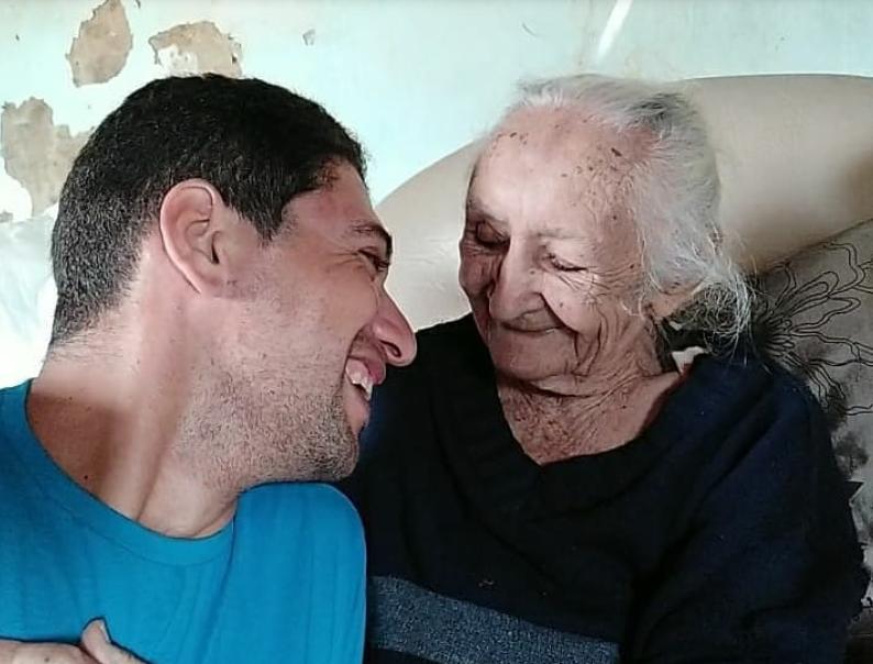 homenagem-a-avo-de-105-anos