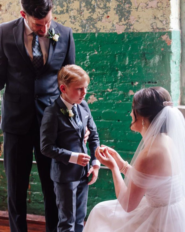 menino-ver-noiva