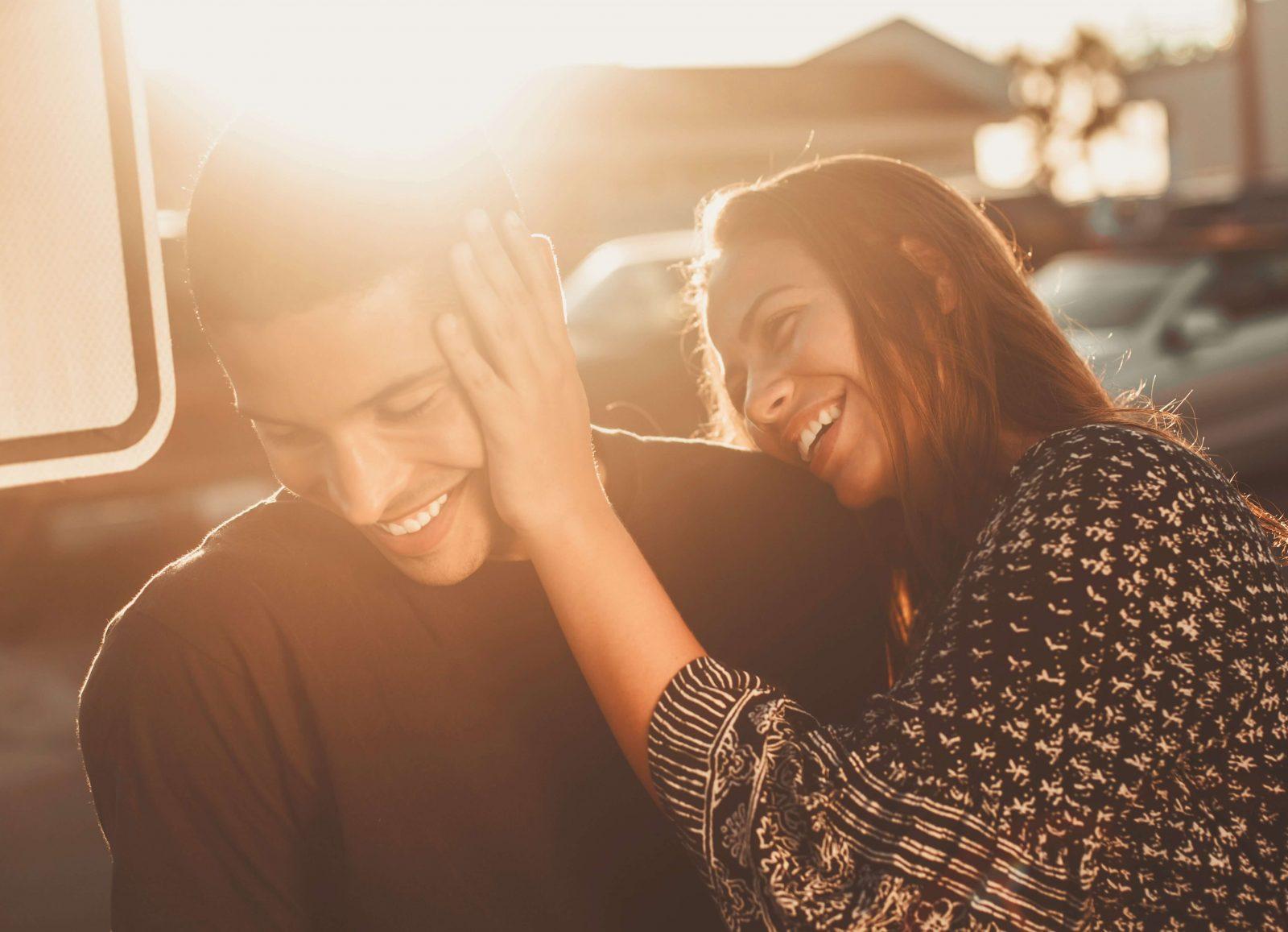 140 Legendas para Fotos de Casal. A #119 é a mais romântica, concorda?
