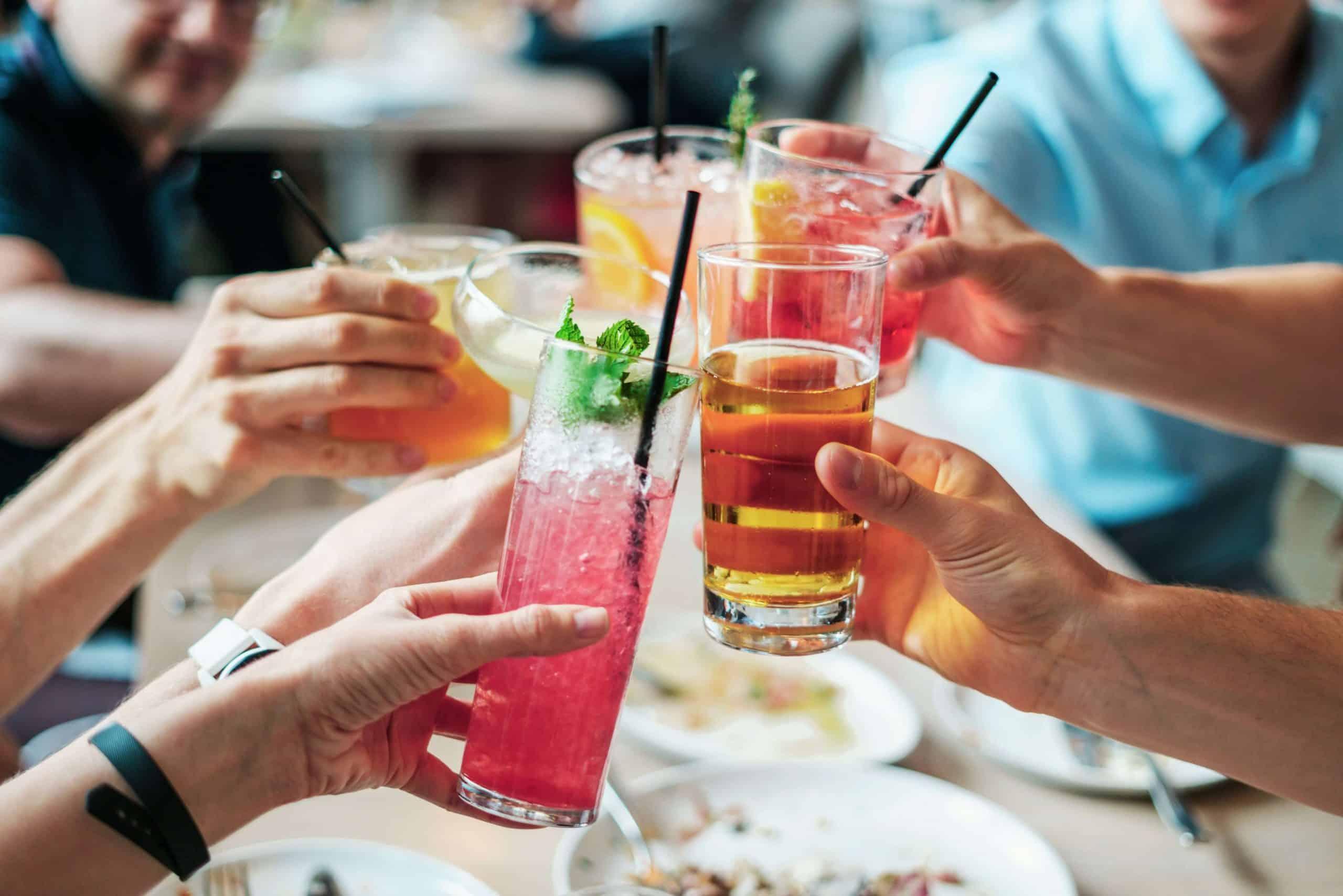 CARNAVAL EM CASA: 12 dicas para não deixar a festa passar em branco!