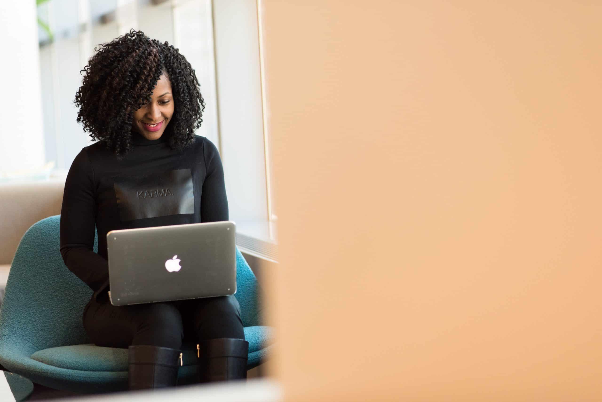 Pesquisa afirma que mulheres como líderes sabem lidar melhor com momentos de CRISES