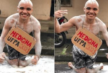 Jovem cadeirante passa em medicina na UFPA e comemora do melhor jeito!