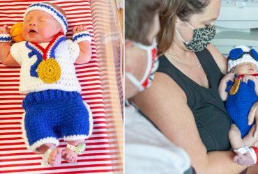 Enfermeiras criam uniformes esportivos de crochê para recém-nascidos