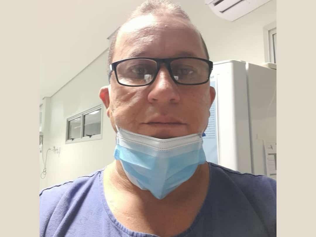 Técnico de enfermagem usa amor para tratar pacientes com Covid