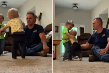 Bebê anda pela primeira vez e surpreende ao trocar pai por irmão